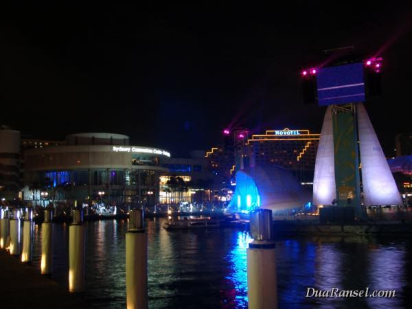 Panggung gembira di Darling Harbour, Sydney