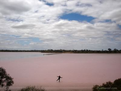 Australia: Pink Lakes of Murray-Sunset National Park, Victoria