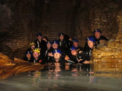 Selandia Baru: Black Water Rafting di gua bawah tanah Waitomo