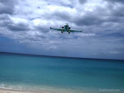 Sint Maarten: Landing airplanes