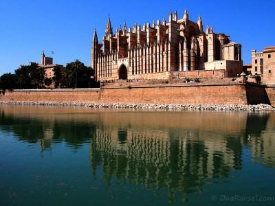 """Palma Cathedral """"La Seu"""" in Mallorca, Spain"""