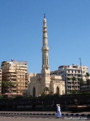 Masjid Al Qaed Ibrahim di Alexandria, Mesir
