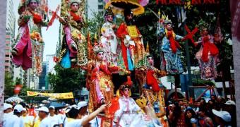 Kartu Pos DuaRansel 29: The Floating Children, Hong Kong