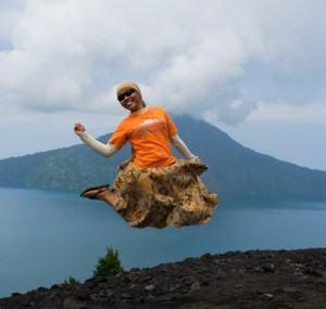 IndoJumpTravelers 01-02 Umi Akhdadiyah - Krakatau