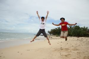 IndoJumpTravelers 11 Andreas and Mba Rie - Tanjung Lesung Beach