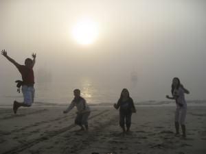IndoJumpTravelers 13 Azret - Pantai Papuma Jember