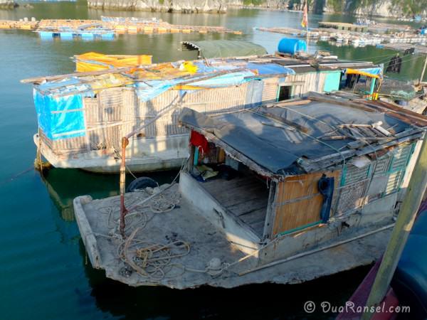 rumah kapal berdinding anyaman