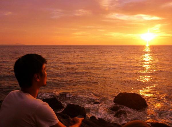 Turnamen Foto Perjalanan: Laut. Km Nol, Pulau Weh, Sabang. © Eatingandmoving