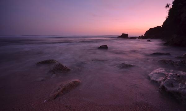 Turnamen Foto Perjalanan Laut. Pantai Kapen, Yogyakarta. Niken Nadriani N-Journal