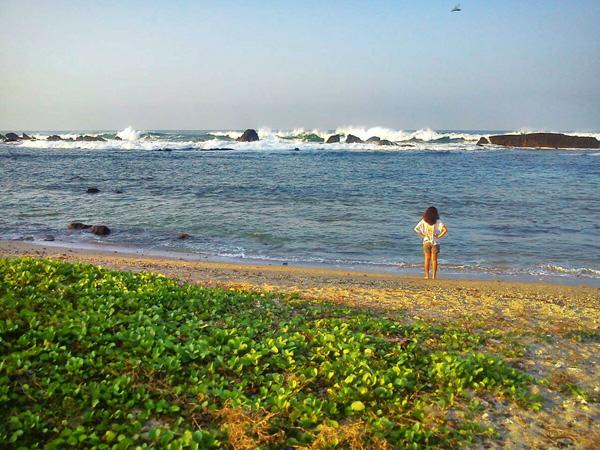Turnamen Foto Perjalanan - Laut - Sawarna Village - Dini lintang asri