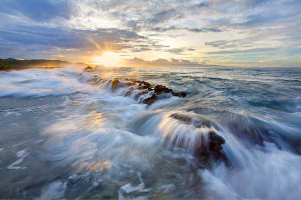 Turnamen Foto Perjalanan Laut - Wira Nurmansyah
