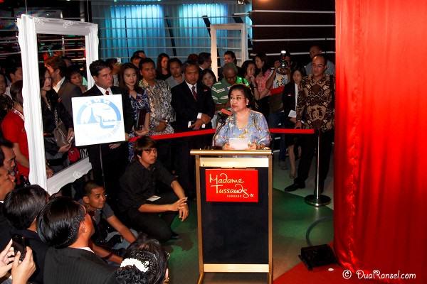 Madame Tussauds Bangkok - Peresmian patung lilin Soekarno - Sambutan Megawati 2R