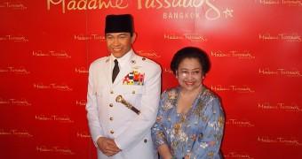 Madame Tussauds Bangkok - Soekarno - Megawati