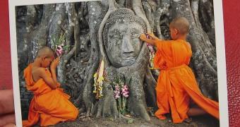Kartu Pos DuaRansel 112 - Buddha Image Head - Wat Mahathat Ayutthaya Thailand