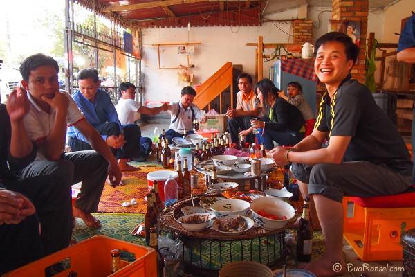 Laos - Xam Neua - Pre new year songkran party