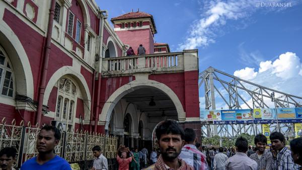 Howrah train station, Kolkata