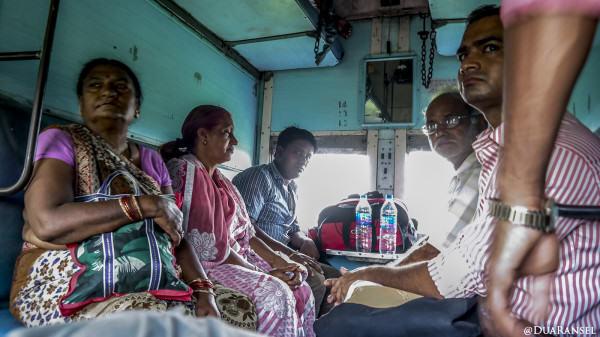 "Train ""sleeper class"" Kolkata Varanasi"
