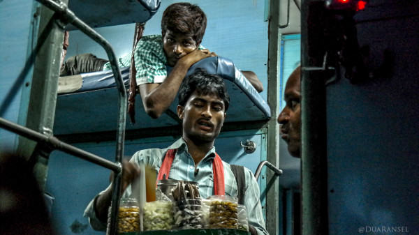 sleeper class train, Kolkata Varanasi
