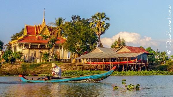 Kuil di atas danau | Kampong Khleang | Xperia Z1