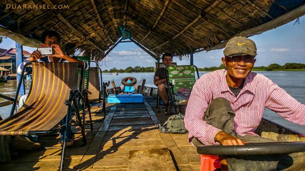 Nelayan desa, Pak Tuktuk, dan Ryan | Kampong Khleang | Xperia Z1