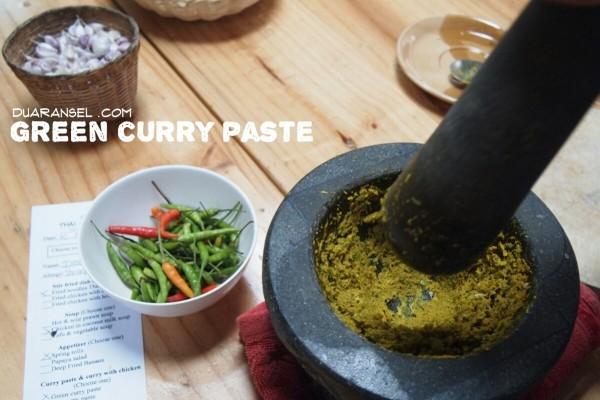 Green curry paste - kaeng khiao wan